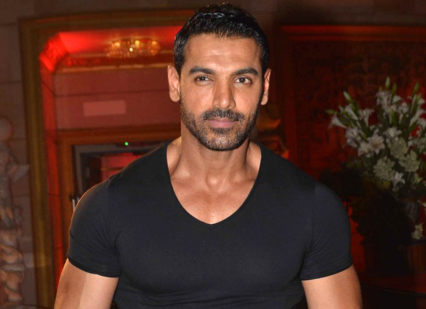 John Abraham back on the sets of Pagalpanti after getting injured