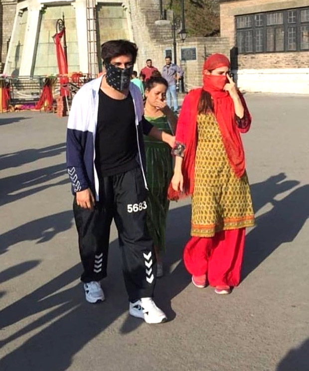 Sara Ali Khan and Kartik Aaryan go local in Himachal Pradesh