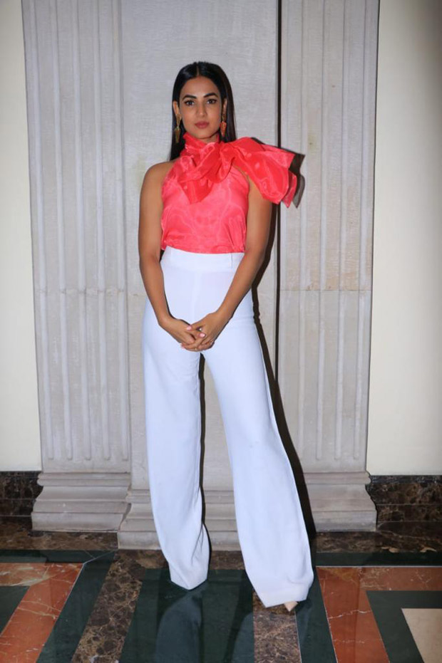 Sonal Chauhan redefines the term UBER CHIC with this understated yet classy number
