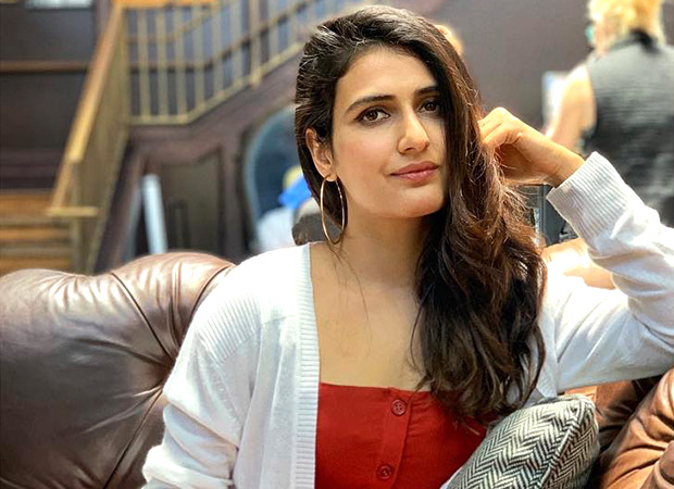 This childhood picture of Fatima Sana Shaikh studying is super relatable!