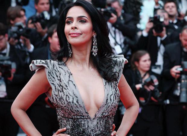 Video: This Is What Mallika Sherawat Wants To Ask Emraan Hashmi