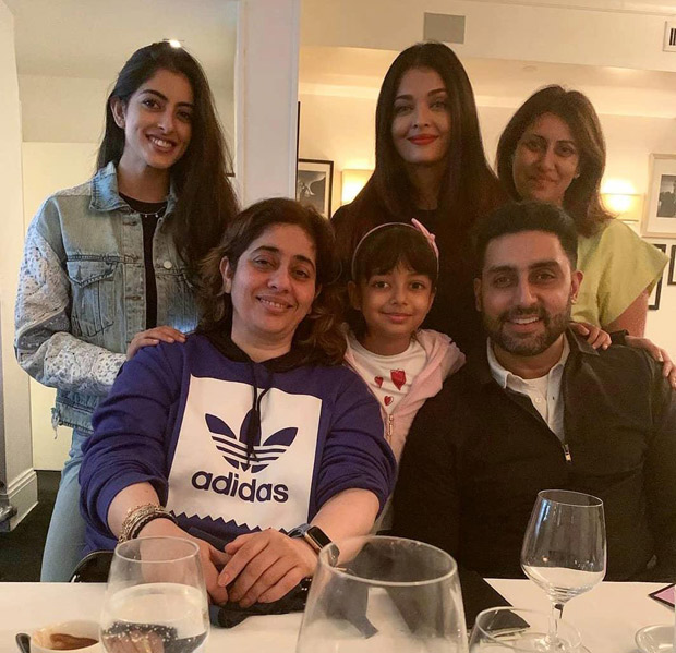 Navya Naveli Nanda Enjoys This Perfect Famjam Moment With Abhishek Bachchan, Aishwarya Rai Bachchan And Aaradhya In New York!