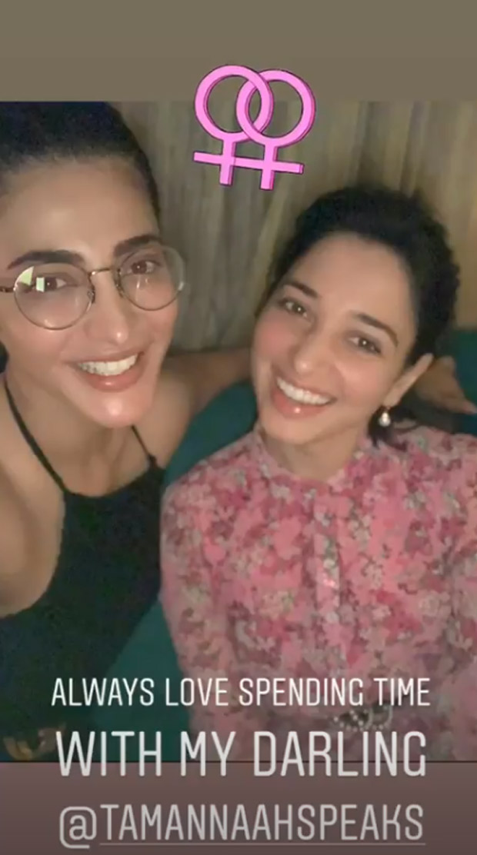 Shruti Haasan And Tamannaah Bhatia Set New Friendship Goals With Their Latest Selfie!