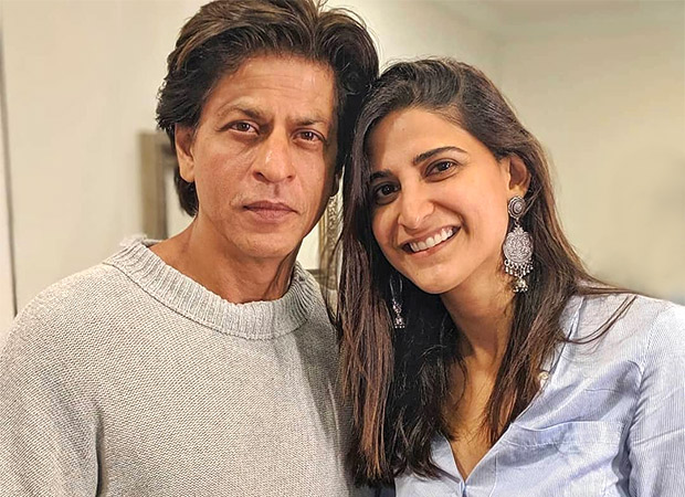 Aahana Kumra can't stop fan-girling over producer Shah Rukh Khan as he visits her on the sets of Betaal