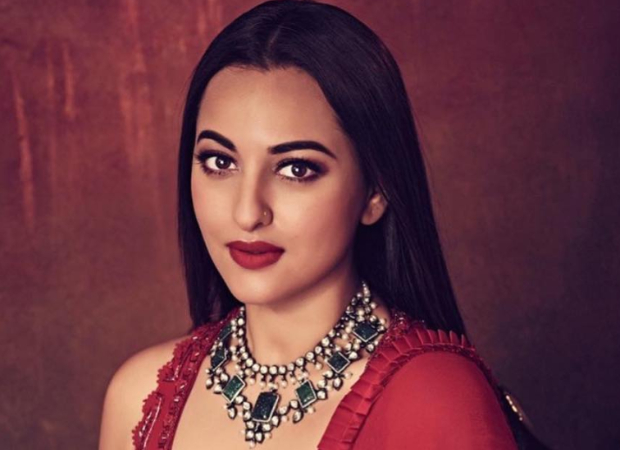 Amid Khandaani Shafakhana promotions, Sonakshi Sinha to fly in from Hyderabad for trailer launch of Mission Mangal