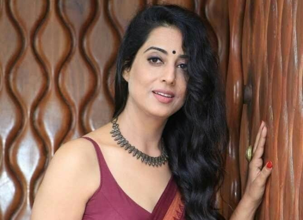 Dev D actress Mahie Gill reveals she is a mother of a three-year-old girl