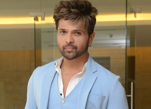 Himesh Reshammiya RUBBISHES reports of being in a car accident