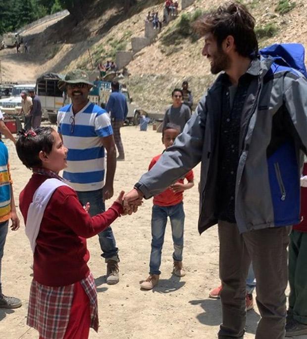 Love Aaj Kal 2: Meet Kartik Aaryan's Cute Little Friend On The Sets Of Imtiaz Ali Film