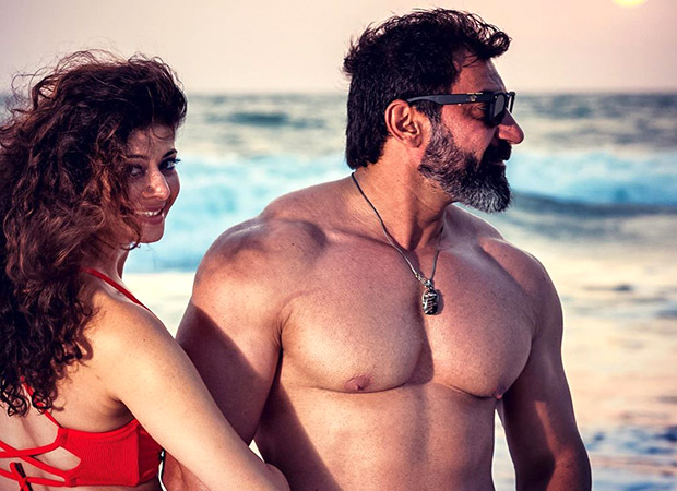 Pooja Batra And Nawab Shah's Love Soaked Declaration Of Marriage Will Make You Go Aww (see Video)