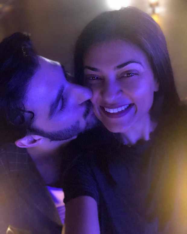 Sushmita Sen and Rohman Shawl show us that romance doesn't need an occasion in this adorable post!