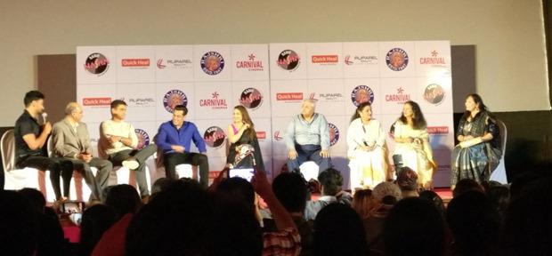 25 Years of Hum Aapke Hai Koun: Salman Khan and Madhuri Dixit recreate MAGIC at the royal Liberty cinema!