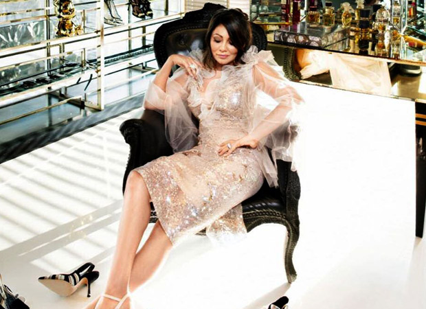 Gauri Khan featured on the Casa Vogue's 2019 edition and Shah Rukh Khan is in love all over again!