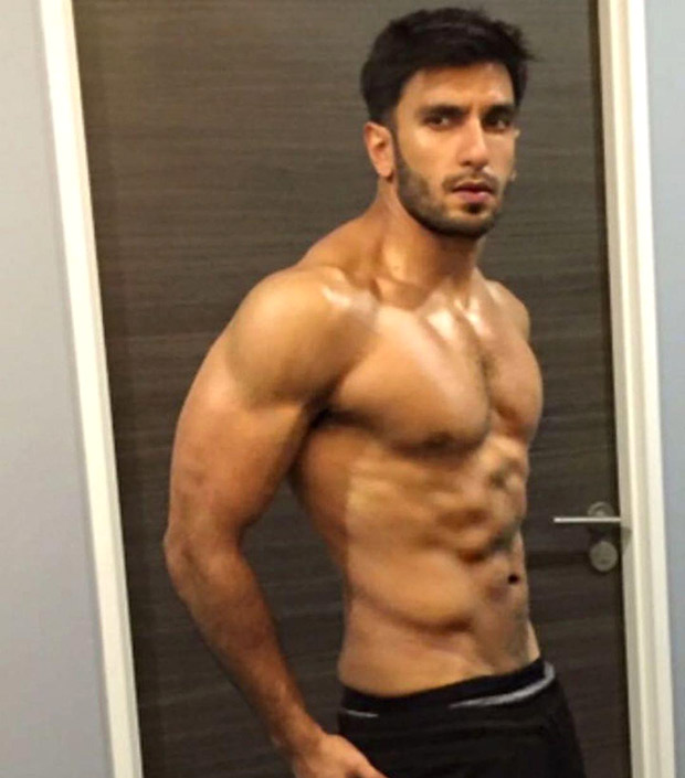 HOTNESS! Ranveer Singh flaunts his chiselled physique in this shirtless photo