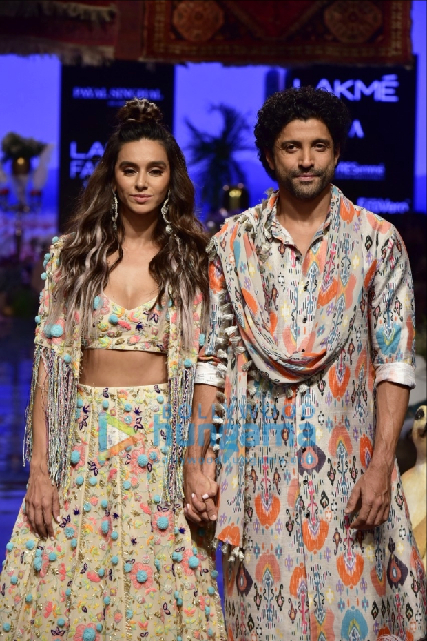 Lakme Fashion Week Winter/Festive 2019: Farhan Akhtar and Shibani Dandekar make a stunning pair as showstoppers for Payal Singhal