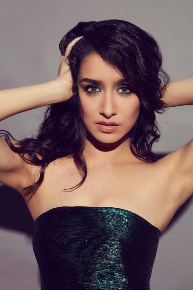 Shraddha Kapoor Aces The Glow And Shine In Emerald Dress For Chhichhore Promotions