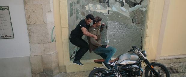 WAR: Hrithik Roshan and Tiger Shroff perform DEADLY bike
