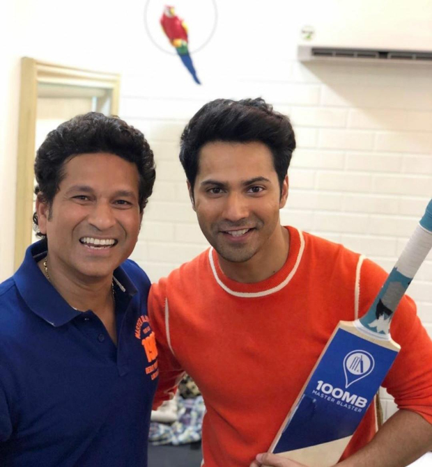 WATCH: Varun Dhawan and Abhishek Bachchan play gully cricket with master blaster Sachin Tendulkar