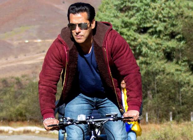 Dabangg 3: Salman Khan Rides A Bicycle In Mumbai Rains To Reach The Film Set