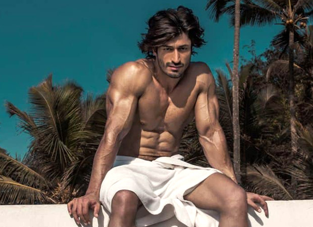 Watch: Vidyut Jammwal Challenges Netizens To Swings Gas Cylinder The Way He Does