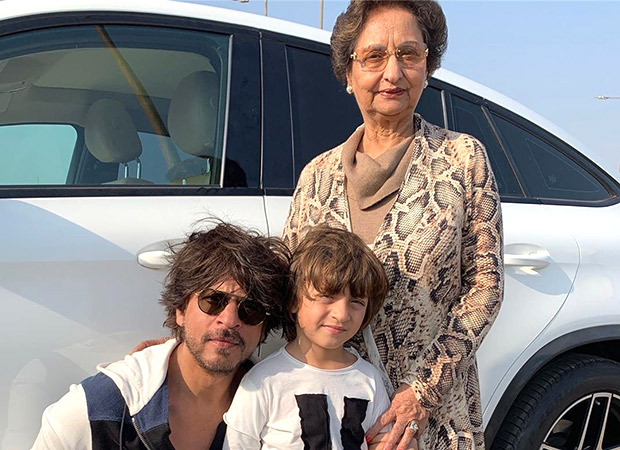 Gauri Khan wishes her mother with an adorable picture of her with Shah Rukh Khan and AbRam and it is full of love