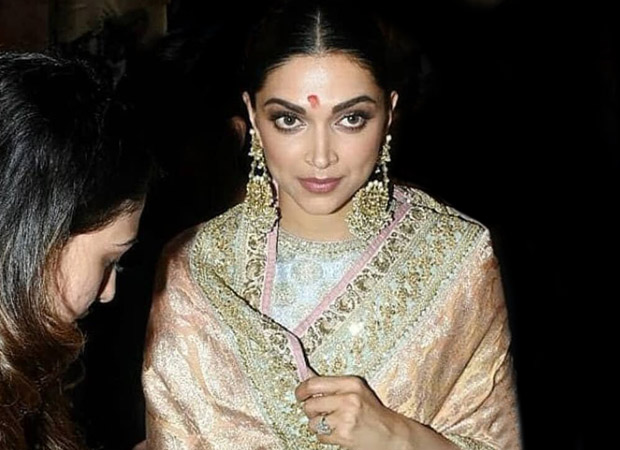Watch: Deepika Padukone Seeks Blessings From Lalbaugcha Raja