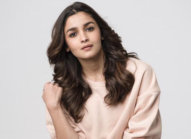 Alia Bhatt has a working Diwali, leaves for Ooty to shoot Sadak 2