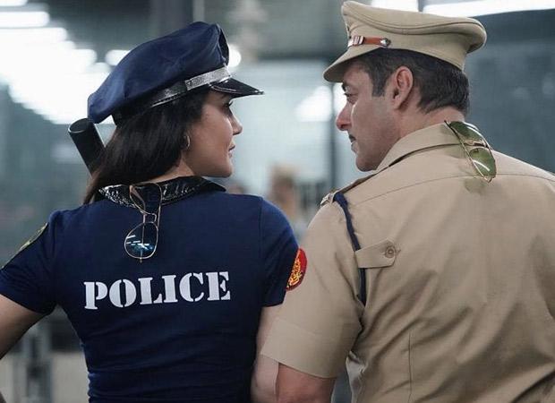 Halloween 2019: Preity Zinta Trumps Salman Khan's Dabangg 3 Cop Swag