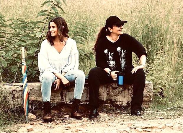 Sadak 2 Alia Bhatt poses with elder sister Pooja Bhatt on the film set