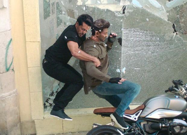 War Box Office - Hrithik and Tiger enjoy continued success of War, film cruising toward 300 Crore Club