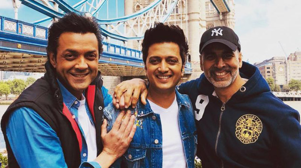 Housefull 4: Akshay Kumar Calls Bobby Deol 'punctuality Ka Badshah' After The Latter Turns Up Late For The Special Screening