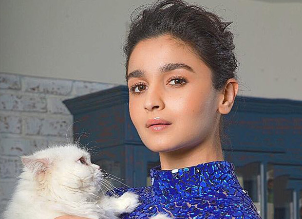 Alia Bhatt's Selfie With Her Pet Cat Edward Is The Sweetest Thing On The Internet Today