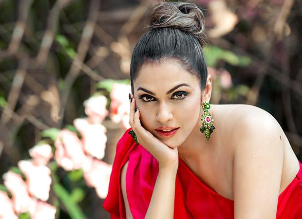 Isha Koppikhar Poised For A Comeback In Ram Gopal Varma's Web-series, Discusses Bollywood Post Metoo