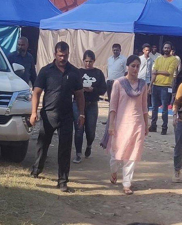 Laal Singh Chaddha: Aamir Khan and Kareena Kapoor Khan's LOOKS LEAKED as they shoot in Punjab