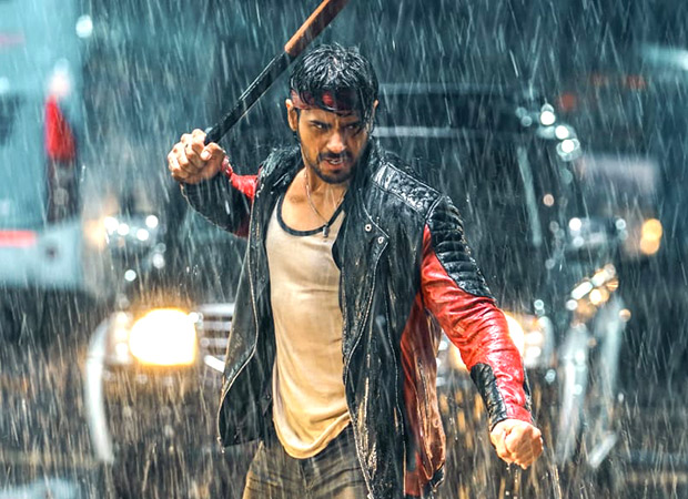 Sidharth Malhotra gets set for his angry young man act in Milap Zaveri and Nikkhil Advani's Marjaavaan