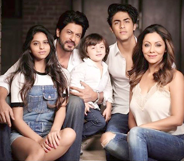 Shah Rukh Khan And Gauri Khan Let The Children Take Center Stage In This Family Photo