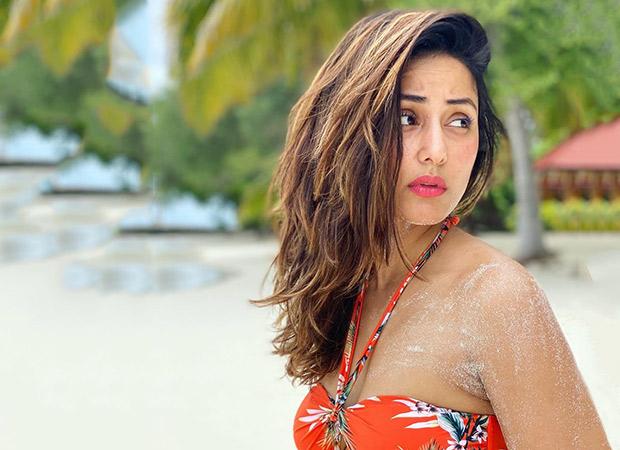 Hina Khan shares stunning underwater selfies from Maldives getaway with boyfriend…