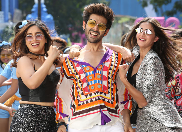 Pati Patni Aur Woh Box Office Collections: Kartik Aaryan, Bhumi Pednekar and Ananya Panday starrer holds quite well on Monday