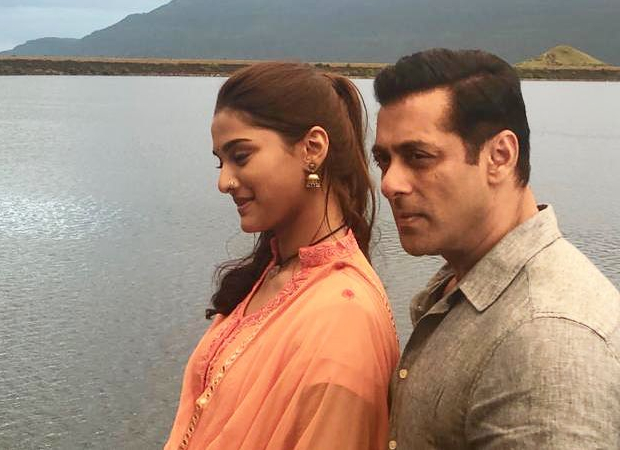 Dabangg 3: Salman Khan and Saiee Manjrekar's romance has a Shah Rukh Khan connection!