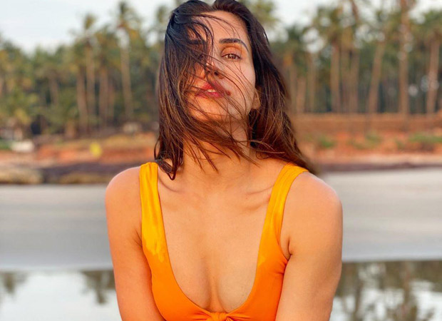 Jai Mummy Di actor Sonnali Seygall stuns in a YELLOW BIKINI as she holidays in Goa! See pictures