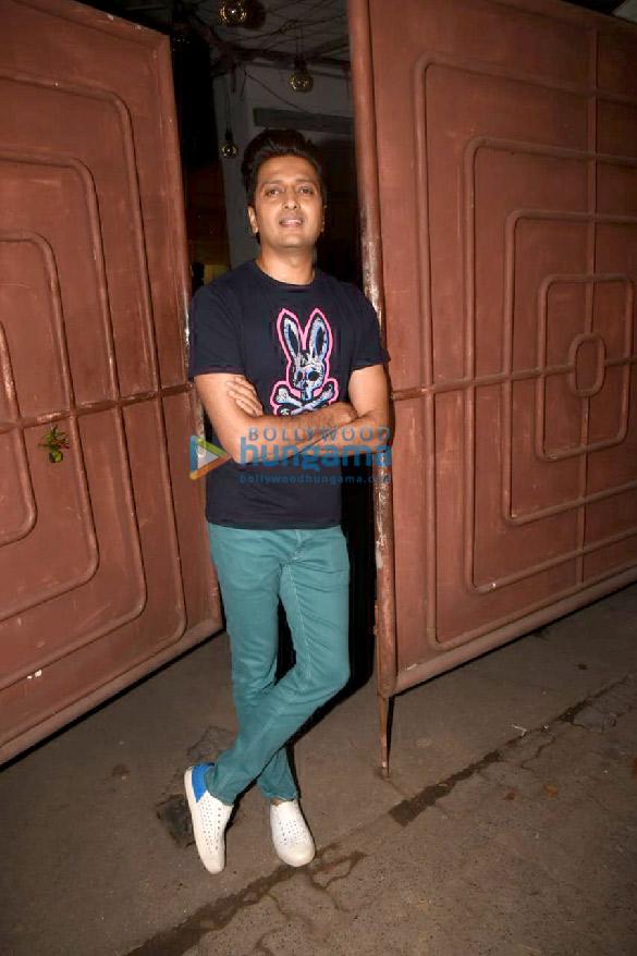 Photos Celebs attend the special screening of the movie Jawaani Jaaneman (2)