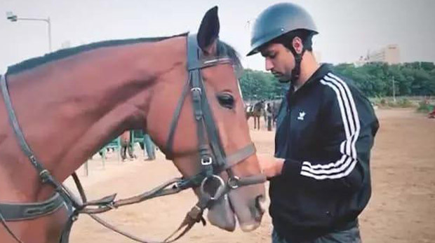 VIDEO: Vicky Kaushal begins horse riding lessons as he preps for Takht