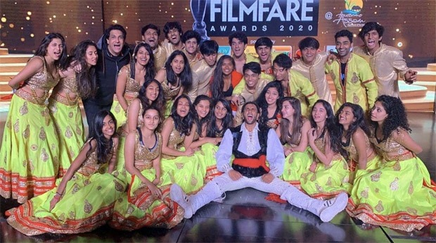 Filmfare Awards 2020: From 'Chane Ke Khet Mein' with Madhuri Dixit to disco avatar, Ranveer Singh is ready to enthrall