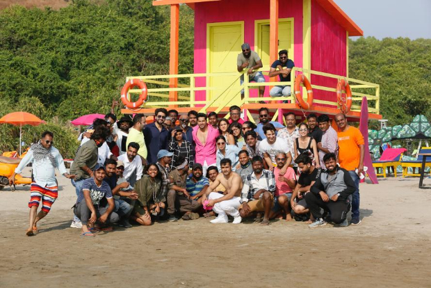 It's a wrap for Varun Dhawan and Sara Ali Khan on Coolie No 1