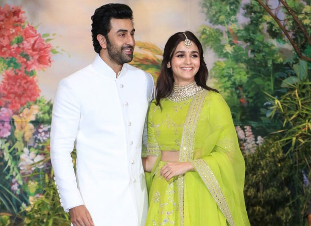 Alia Bhatt puts break up rumours to rest, gets clicked by her all time favourite photographer Ranbir Kapoor