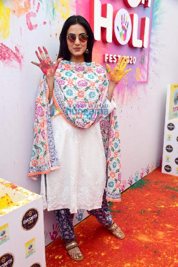 Photos Jacqueline Fernandez, Amyra Dastur, Sonal Chauhan and others attend the Zoom Holi Party 2020 (4)