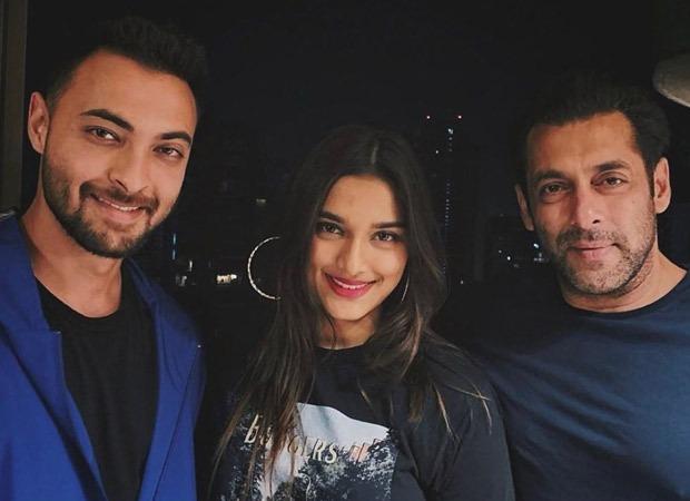 Aayush Sharma shares a throwback picture with Saiee Manjrekar and Salman Khan