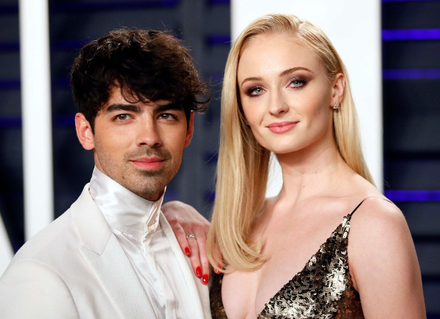 Joe Jonas makes chicken tikka masala for Sophie Turner