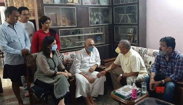 Nana Patekar visits Sushant Singh Rajput's Patna home to meet his family