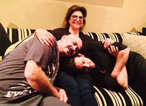 Hrithik Roshan's mother Pinkie Roshan tests positive for COVID-19