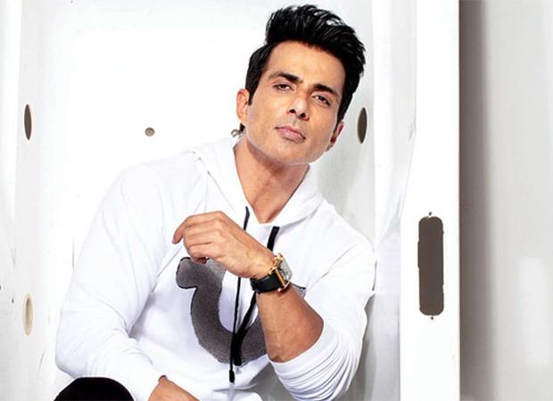 Sonu Sood moved to tears by Bihar fan cycling to meet him in Mumbai